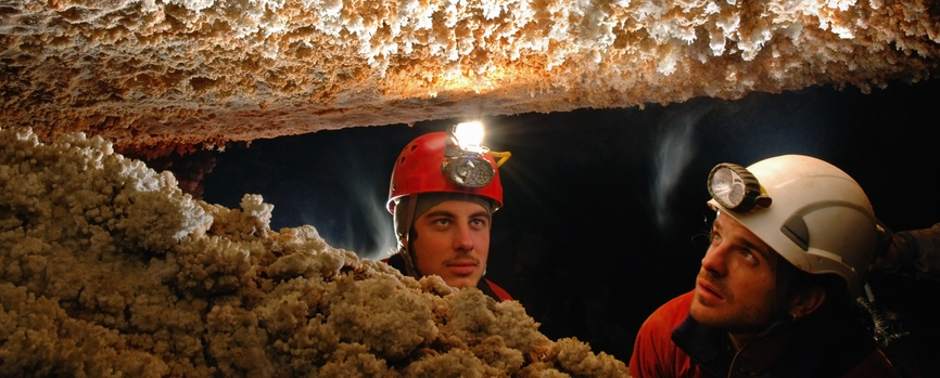 Speleologie-team-building