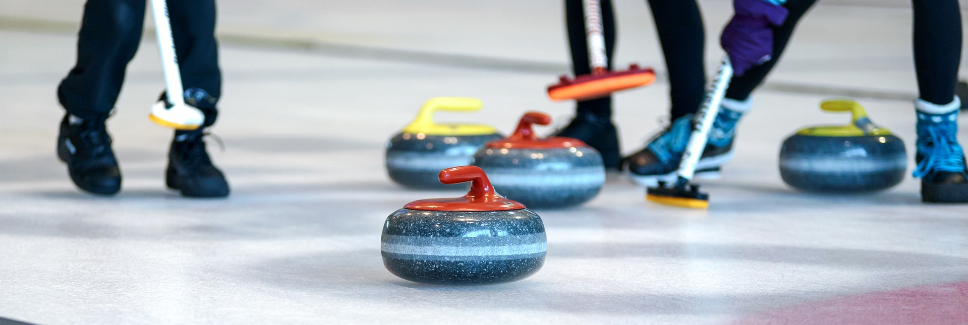 curling-team-building
