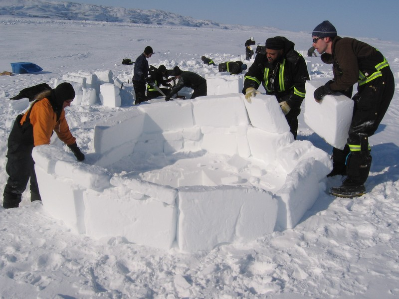 construction-igloo
